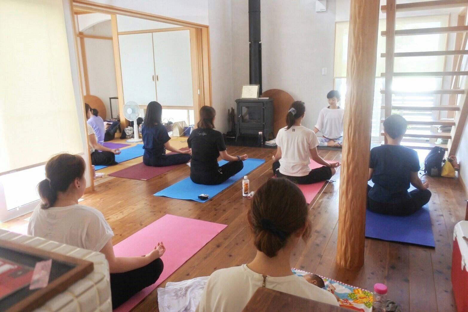 Natural yoga AOのスタジオ写真